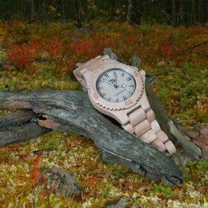 Lasanic Helsinki eco watch BAMBU rannekkeella